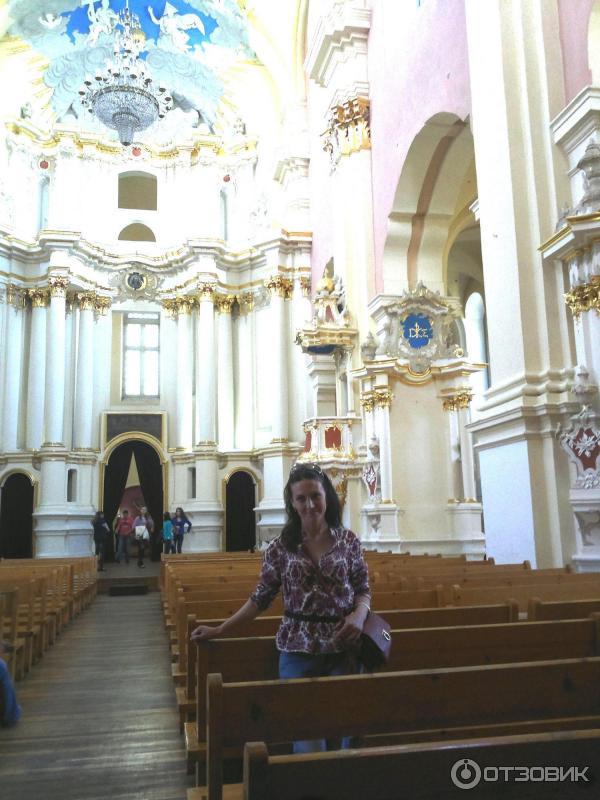 Часть собора, где должен был быть алтарь