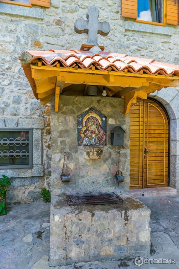 Монастырь Морача. Черногория. Святой источник.