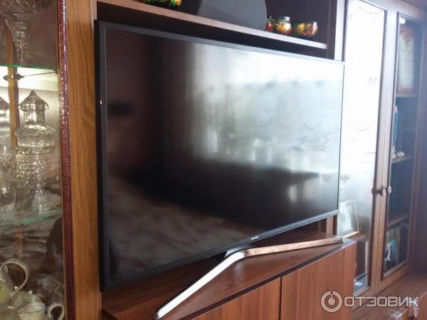 Телевизор Samsung UE40MU6100UXRU фото