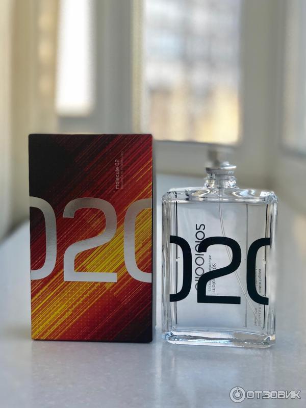 Одна из самых интригующих и загадочных компаний в мире парфюмерии — эсцентрик молекула (escentric molecules), основанная гением современной индустрии ароматов — гезой шоеном.