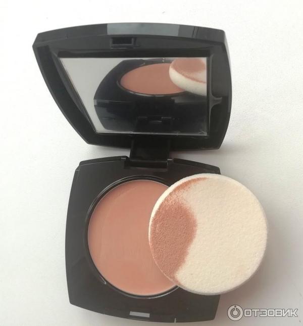 При нанесении обеспечивает среднее невидимое покрытие без эффекта маски, компактная упаковка.