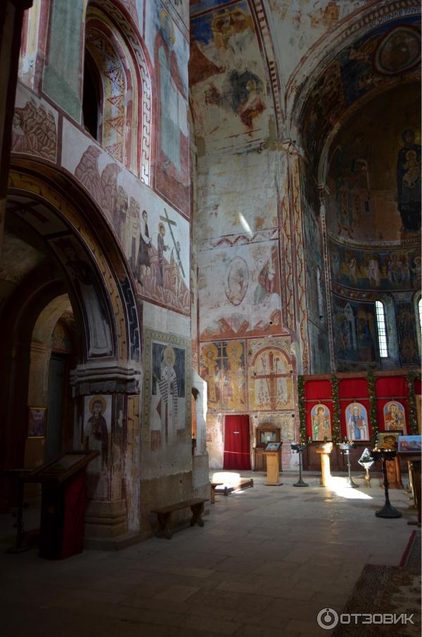 Гелатский монастырь (Грузия, Кутаиси) фото