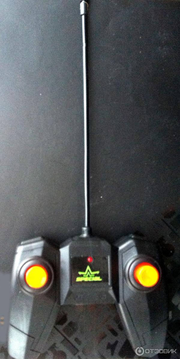 Машинка-перевертыш STUNT CAR DOUBLE-SIDE ROLL фото