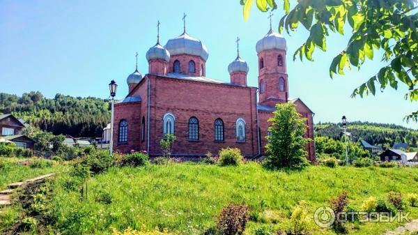 фото старой церкви в г белокуриха что собой представляют